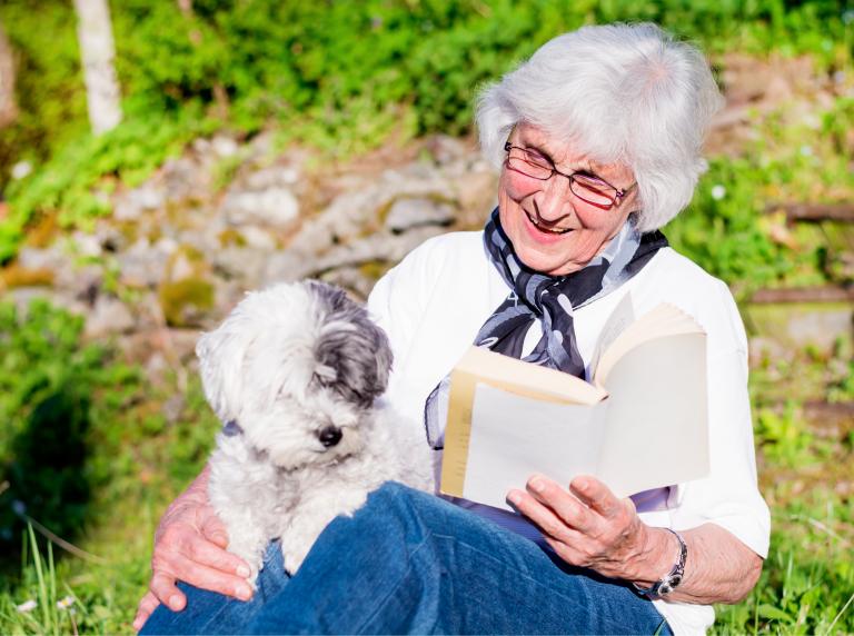 As melhores raças de cães para idosos
